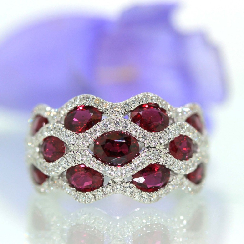 Gorgeous Ruby Diamond Ring