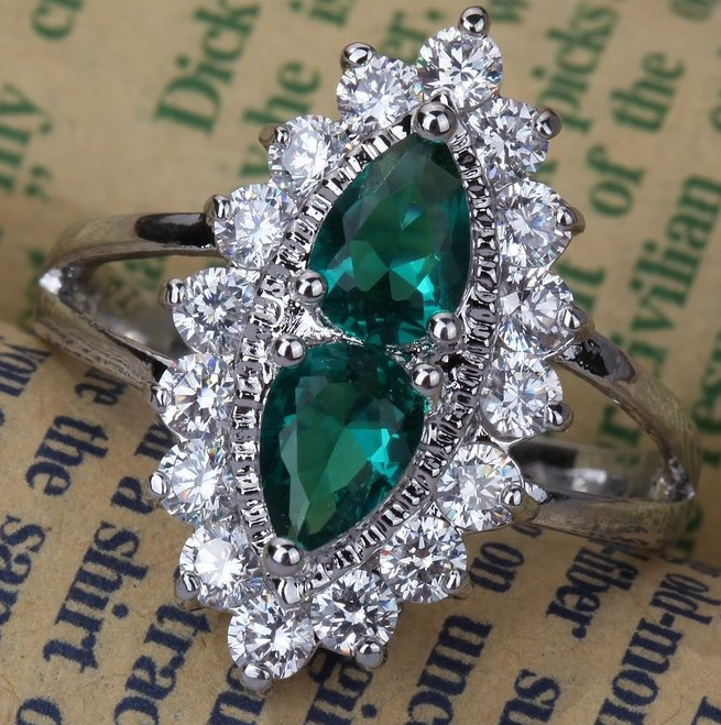 Elegant Hollow Crystal Inlay Double Waterdrop Rhinestone Women Ring