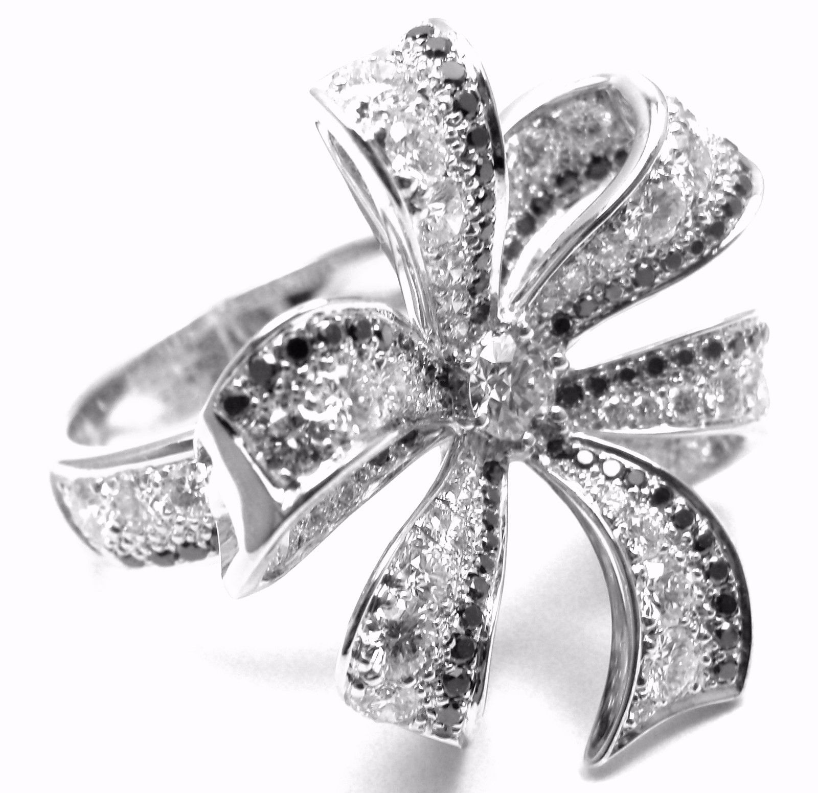Chanel 1932 18k White Gold White & Black Diamond Ring
