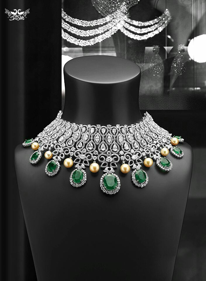A Gorgeous Emerald, Pearl and Diamond Necklace