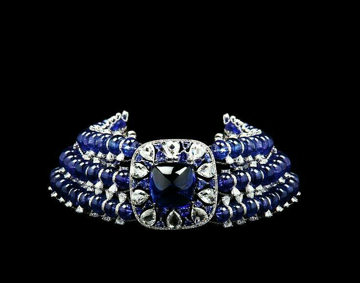 A Gorgeous Tanzanite and Diamond Choker Necklace